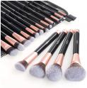 Lot de 16 Pinceaux Maquillages Anjou Professionnels à 9.99€ @ Amazon (Vendeur Tiers)